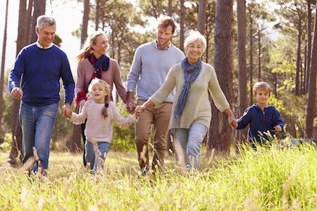 camminata multigenerazionale